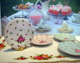 Shabby Country Roses  Miniature Plate for Dollhouse 1:12 scale
