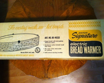 Signature electric bread warmer, turquoise cover warmer, Ward's Signature, electric bread warmer, vintage bread warmer