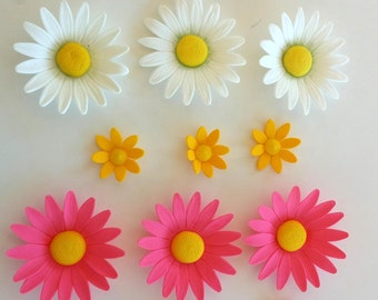 assorted GUM PASTE FLOWERS edible Daisies of assorted sizes and colors