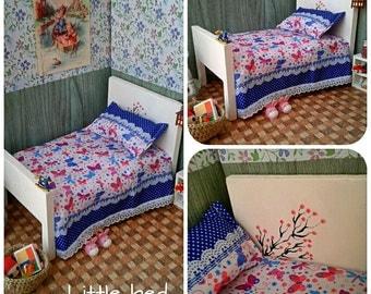 Bed + bedding set for Pukifee