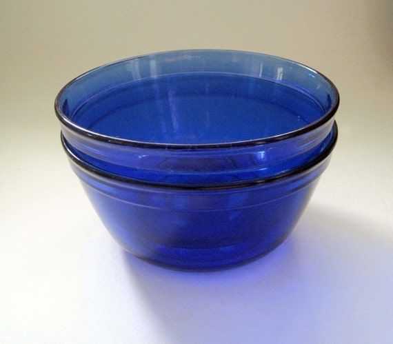 blue bowl analysis How can the answer be improved.