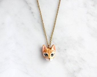 Chompoo Cat Necklace, Orange cat