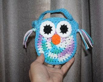 Owl purses. Owl Cell phone holder. Mini size Owl purse. Crochet Owl purse. Toddler Owl purse. Handmade.
