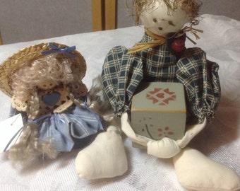 Shelf Dolls - Vintage