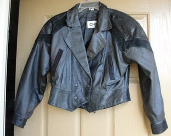 Vintage size medium Chia cropped black suede leather jacket 90s 1990s 80s 1980s