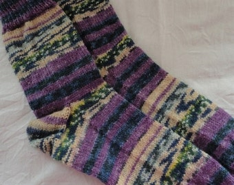 Beautiful Hundertwasser hand knitted socks, size 42-43