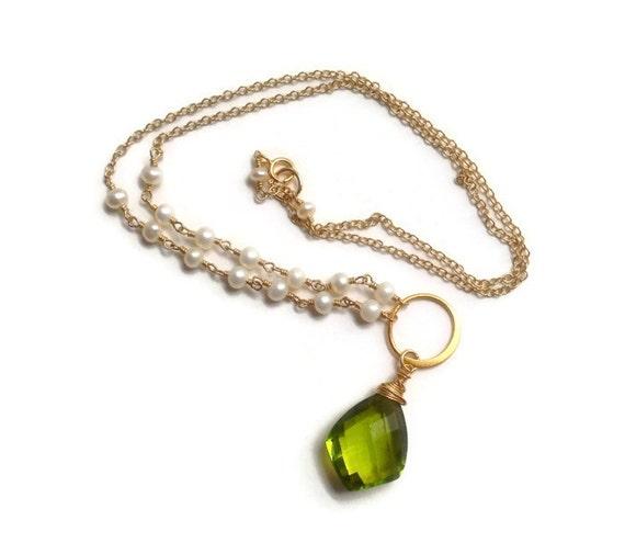 Peridot Quartz Pendant Necklace - White Pearl Necklace - Wedding Jewelry - June & August Birthstone Jewelry- Heart Chakra Jewelry - Bridal