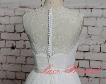 Bateau Lace Neck Wedding Gown Simple Tulle Skirt Bridal Gown A-line Wedding Dress Sheer Lace Back Wedding Dress