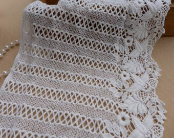 Vintage Cotton Lace Fabric Trim, Off White Wide Lace Trim, Crossover Design and Floral, Altered Couture, Pillowcase, Quilt