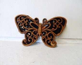 HOMCO Burwood BUTTERFLY Wall Hanging- Faux Wood Look- Vintage 1970's Home Decor- Butterflies Are Free- Cool Retro Home Decorating