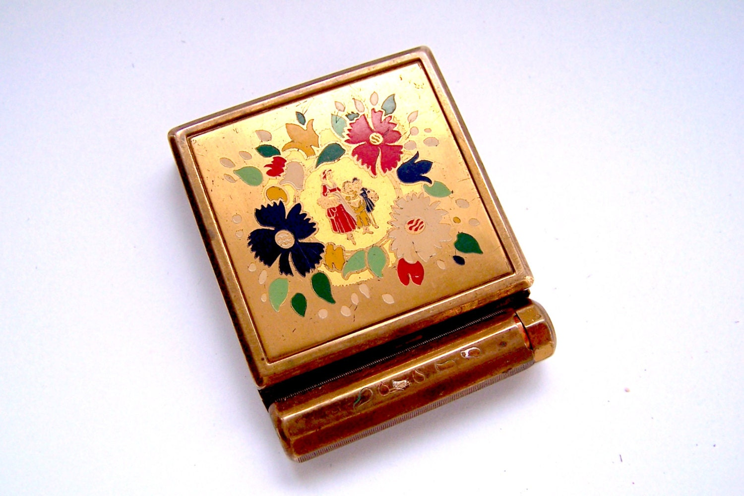 Compact Yardley 1940s Enameled Brass Compact Holds Powder