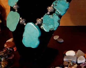 Chunky turquoise stone necklace 17""
