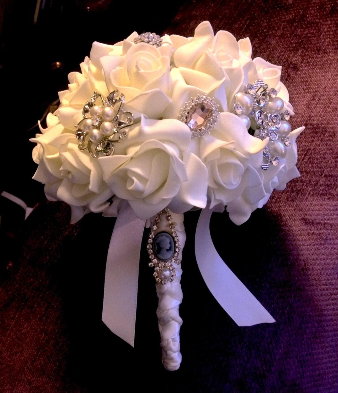 Vintage Jewellery Wedding Bouquets : Vintage style jewellery brooch wedding bouquet ivory