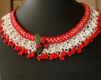 Red & White Lace Necklace - Traditional Turkish Oya