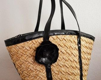 Large Woven wicker purse,Tote Bag, Tan ,Black, Shoulder Bag, Wallet Attached,summer purse