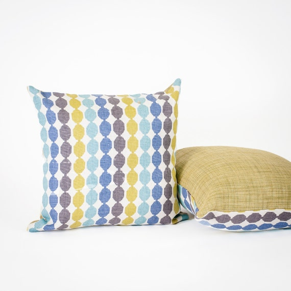Modern Family Pillows On Bed : Fabrinique - Mid Century Modern Decorative Pillow, Shades of Blue & Green, Circle Print Accent ...