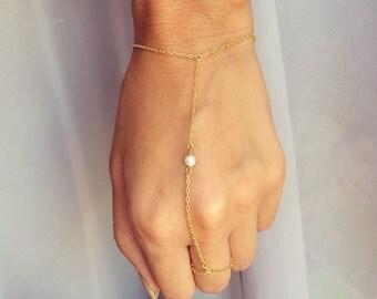 Tiny Pearl Dainty Hand Chain Slave Bracelet, Minimalistic Jewelry
