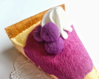 Blueberry Cheesecake Felt food - Novelty play item - Felt Food - Felt Cheesecake - Tea Party -Pretend Play - Cute Cake - Felt Cake - Berry