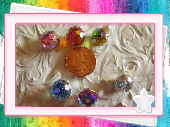 0: )- CABOCHON -( Rainbow Faced Round Dots AB Resin