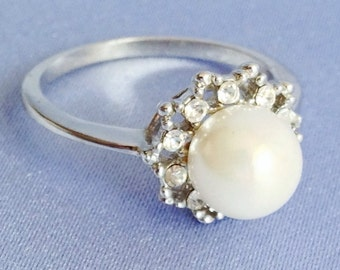 PEARL With Clear Rhinestones Silver Plated RING