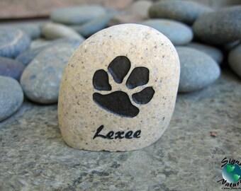 Paw Print Pet Memorial 2in-3in keepsake stone - Custom Hand Engraved Pet Memory Stone to Honor Your Four Legged Family Members