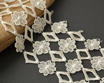 Venise Flower Lace Ribbon Trim for bridal, apparel, home décor, 4 Inch by 1 Yard, ROI-5345