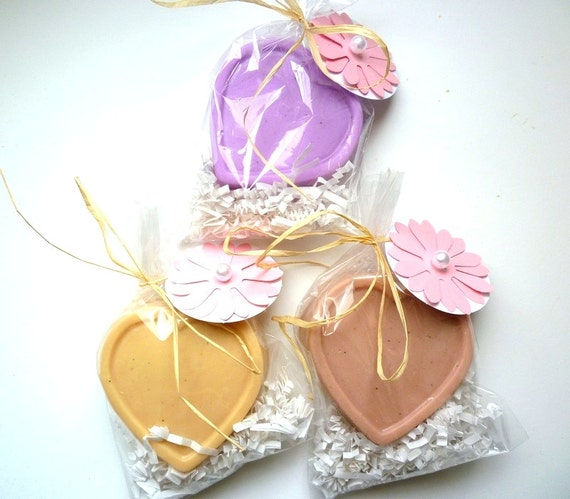 25 Soap Wedding Favors - 3.5oz, Bridal Shower Favors, Baby Shower Favors, Vegan Soap Hearts, Heart Soap