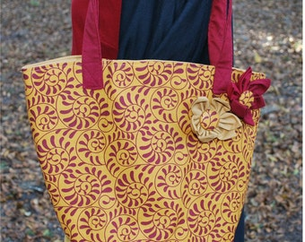 FSU Florida State University Seminoles Noles Garnet Gold Swirl Flower Tote Bag Purse