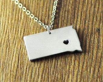 Love South Dakota necklace,personalized state necklace,Custom I heart South Dakota map jewelry, personalized state map pendant