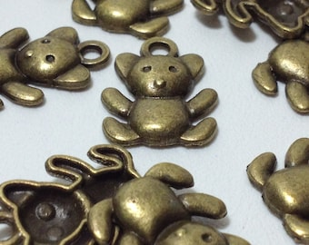 15 Antique Bronze Tone Teddy Bear Charm Pendants 17mm