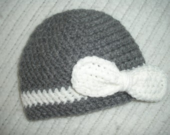 Baby hat for girls, baby girl gift, crochet baby hat, baby shower gift, newborn photo prop, 0-3 month baby gift, baby hat with bow, gray