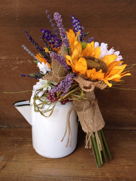 Items Similar To Sunflower Bridal Bouquet