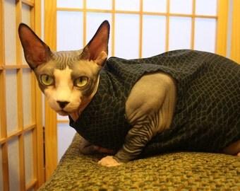 Black & Gray Animal Print Sphynx Clothing