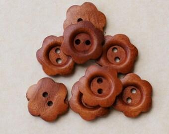 Medium wooden flower buttons set of 8
