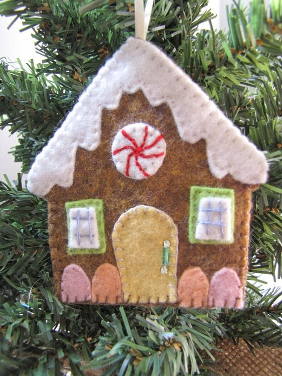 Gingerbread House Ornament Embroidered Felt Gingerbread