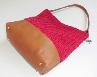 Large red and brown everyday bag with beautiful knitted exterior version 2