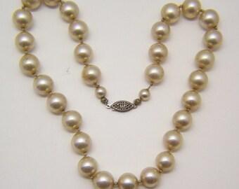 Art Deco Faux Pearl Necklace