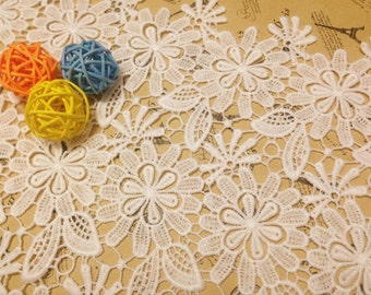 White lace fabric ,Schiffli Lace,machine-made lace,Chemical Lace,Wedding Fabric Water Soluble Lace trim - 25cm
