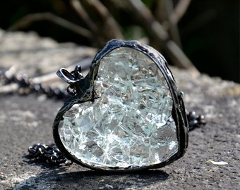 CRYSTAL HEART, romantic necklace, heart pendant, statement necklace, rustic necklace, raw necklace, fall necklace, for romance