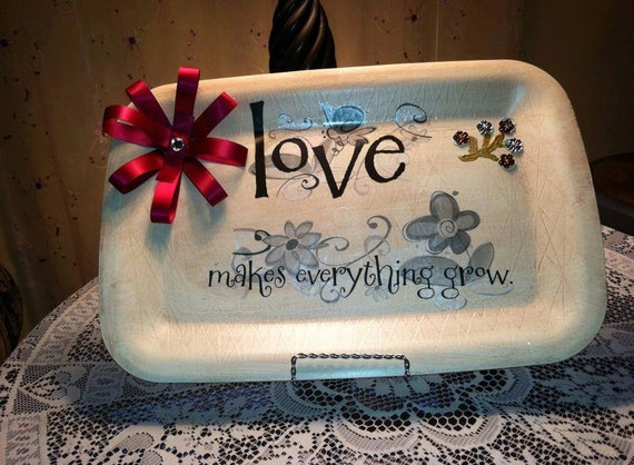 "Custom ""Love Makes Everything Grow"" Table Charger"
