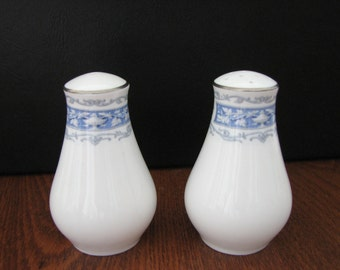 Shelley China Blue Columbia Salt & Pepper