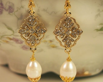 The Marie Antoinette Earring