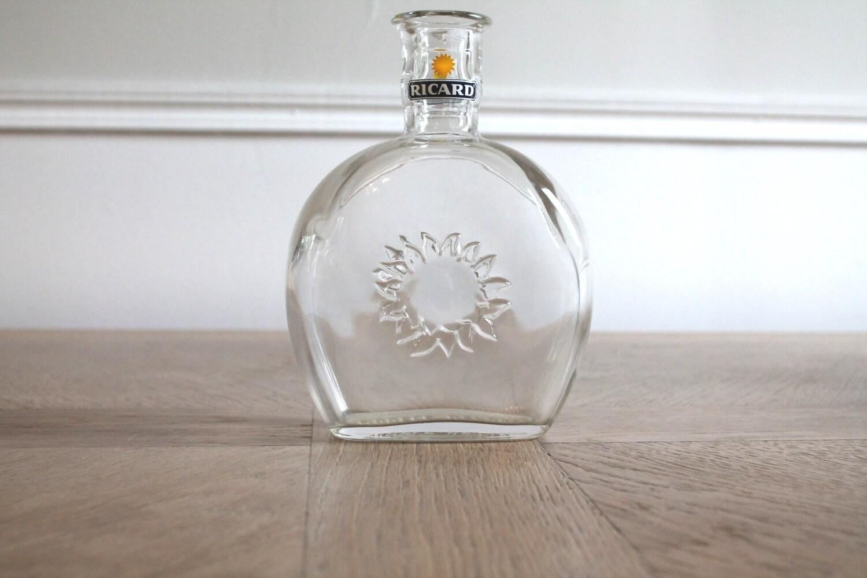 Glass bottle liquor bottle vintage bottles vintage for Retro glass bottles