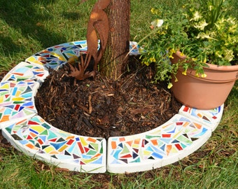 "Mosaic Concrete Garden Stepping Stone Tree Ring - ""Splashy"""