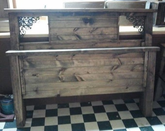 primitive queen bed