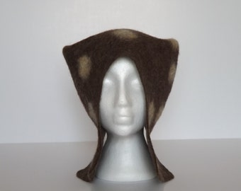 Felted hat.Brown