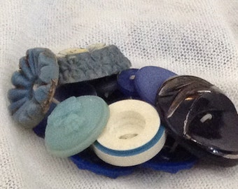 Vintage Button Bracelet Blues