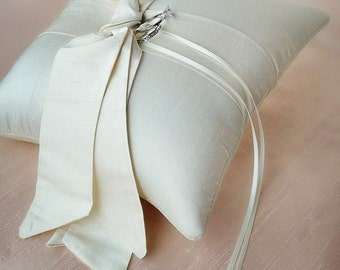 Love Knot Ring Bearer Pillow