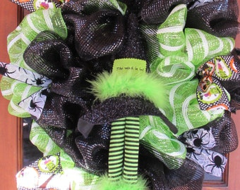 "24"" Witch Wreath- Witch's Legs Wreath- Witch's Hat Wreath- Witch Is In Wreath- Halloween Deco Mesh Wreath- Green/Black Halloween Wreath-"