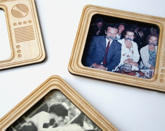 Magnetic picture frames - retro television - fridge magnet  - 3 x Wooden photo frames - friends gift - tv photo frame - wood engraved gift